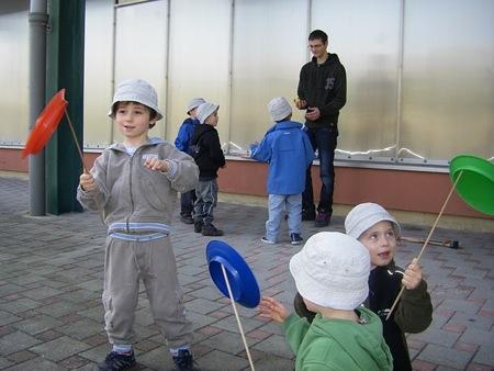 ... le jonglage avec l'ACS Arts du jonglage ...