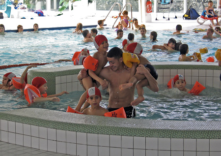 90 stiringeois dans les bassins de la piscine de Sarreguemines !