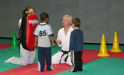 Le Judo et le Karaté ont été proposés aux enfants du CLSH de 10h à 12h